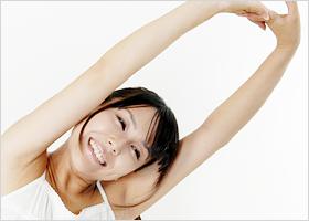 1日5分だけ!二の腕のたるみが引き締まる究極ダイエットエクササイズ